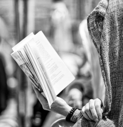 person_reading_a_book